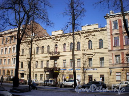 Фурштатская ул., д. 48 (правая часть). Фасад здания. Март 2009 г.