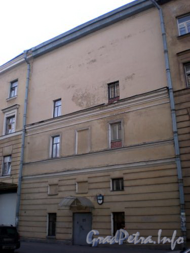 Днепропетровская ул., д. 31. Фасад здания. Октябрь 2008 г.