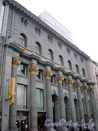 Караванная ул., д. 12. «Дом кино» после реставрации. Фасад здания. Фото октябрь 2009 г.
