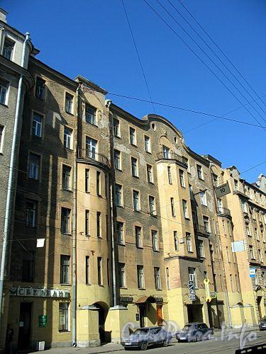 Ул. Чапаева, д. 2, лит. А. Фасад здания. Фото август 2009 г.