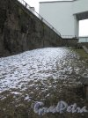 Г. Выборг, ул Ладанова, д. 1. Бастион Панцерлакс. Вид на вал бастиона в снегу. Фото Май 2017 г.