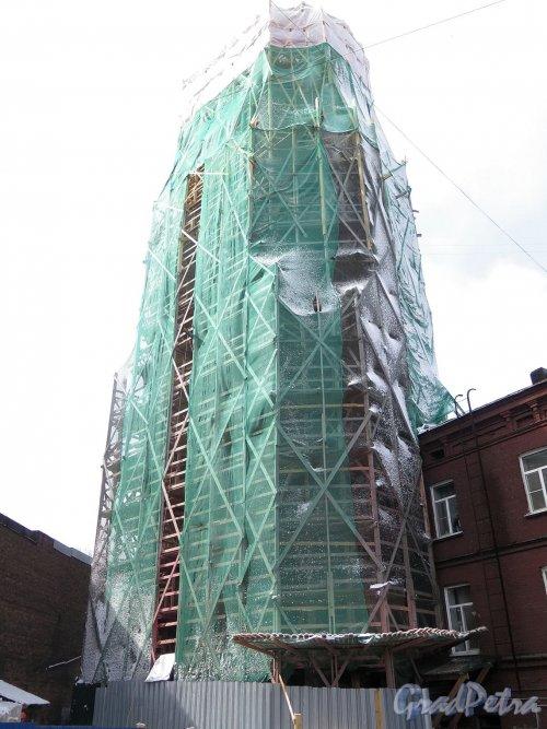 Крепостная ул. (Выборг), д. 5а. Часовая башня во время ремонта. фото май 2017 г.