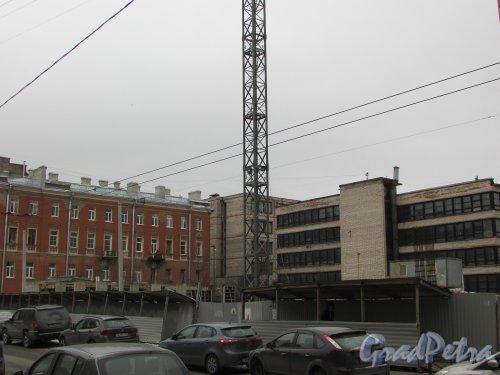 улица Александра Невского, уч. 1 (дом 8). Общий вид строительной площадки гостиницы. Фото 2 марта 2019 года.