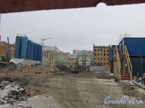 Тележная улица, дом 17-19. Общий вид строительной площадки от Миргородской улицы в сторону Тележной улицы. Фото 2 марта 2019 года.