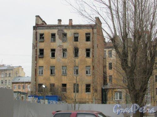 Тележная улица, дом 21, литера А. Дворовый корпус. Фото 2 марта 2019 года.