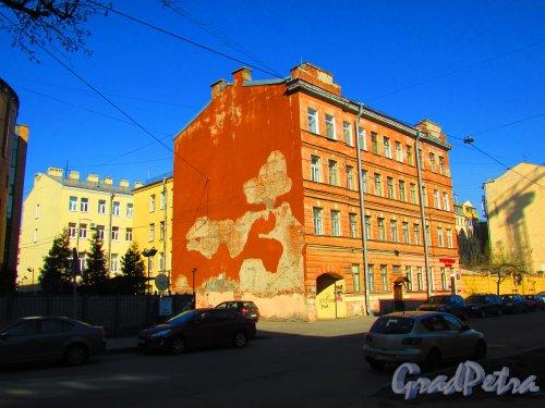 Разночинная улица, дом 23, литера А. Общий вид здания. Фото 1 мая 2016 года.