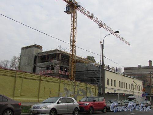 Введенский канал, дом 4. Строительство нового корпуса. Фото 17 октября 2018 года.