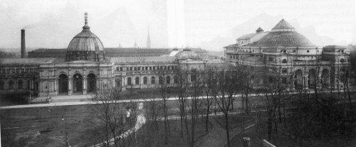 Александровский парк, дом 4. «Народный дом императора Николая II. 1913 год»
