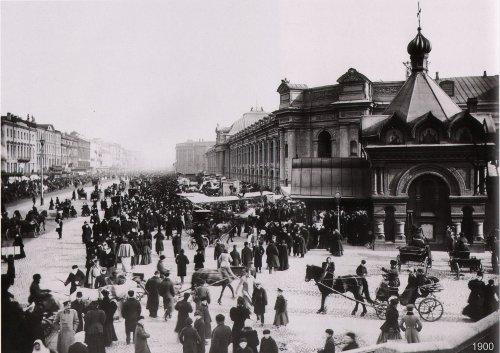 Думская ул., дом 2. «Гостиный двор». Фото начало XIX века.