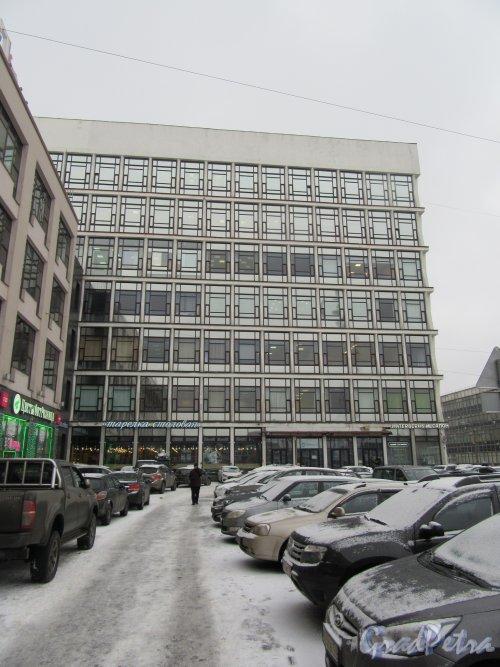 Кантемировская ул., д. 2. БЦ «Роделен». Общий вид фасада. фото январь 2018 г.