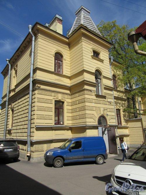 Бол. Монетная ул., д. 17. Особняк К.А. Горчакова. Задний фасад правого крыла. фото май 2018 г.