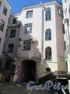 Фурштатская ул., д. 23. Доходный дом А. П. Ритинга. Дворовый фасад лицевого корпуса. фото июнь 2018 г.