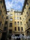 улица Чайковского, дом 79. Фасад лицевого флигеля со стороны двора. Фото 7 мая 2020 г.