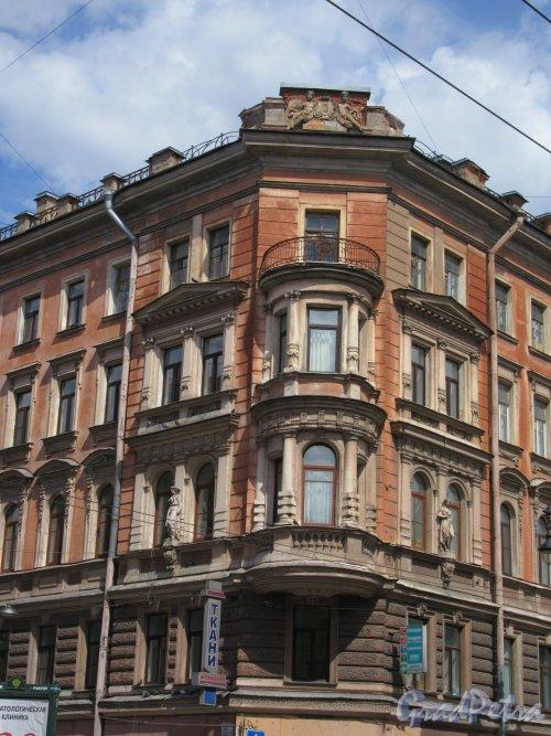 Кирочная ул., д. 30. Доходный дом Г. С. Войницкого, 1880-81, Угловой фасад. фото июнь 2018 г.