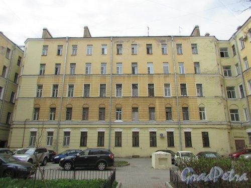 Тверская улица, дом 15, литера А. Корпус во втором дворе. Фото 7 мая 2020 г.