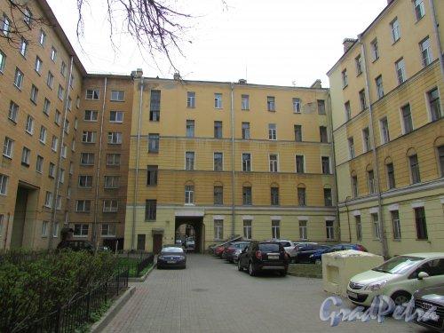 Тверская улица, дом 15, литера А. Корпус, примыкающий к дому №2 по Одесской улице. Фото 7 мая 2020 г.