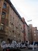 Ул. Чапаева, д. 10 (правая часть). Фасад здания. Фото апрель 2010 г.