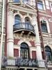 Фурштатская ул., д. 15. Фрагмент фасада с балконами. Фото май 2010 г.