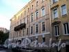 Галерная ул., д. 26 / пл. Труда, д. 3. Фасад по Галерной улице. Фото июнь 2010 г.
