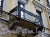 Галерная ул., д. 53. Решетка балкона. Фото июнь 2010 г.