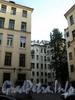 Захарьевская ул., д. 13. Во дворе дома. Фото июль 2010 г.