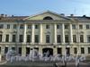 Захарьевская ул., д. 17. Фрагмент фасада. Фото июль 2010 г.