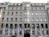 Захарьевская ул., д. 23. Доходный дом Л. И. Нежинской. Центральная часть фасада. Фото июль 2010 г.