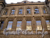 Захарьевская ул., д. 31. Особняк Нейдгартов. Фрагмент фасада. Фото июль 2010 г.