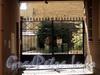 Захарьевская ул., д. 35. Решетка ворот. Фото июль 2010 г.