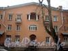 Енотаевская ул., д. 10. Фрагмент фасада. Вид со двора. Фото апрель 2010 г.