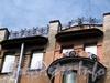 Кирочная ул., д. 6. Доходный дом И.М. Екимова. Решетка аттика. Фото май 2010 г.