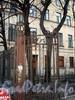 Створка ворот ограды между домами 8 и 8, лит. А по Кирочной улице. Фото декабрь 2009 г.