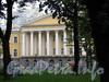 Кирочная ул., д. 35, лит. А. Здание госпиталя лейб-гвардии Преображенского полка. Фрагмент фасада. Фото сентябрь 2010 г.