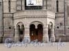 Кирочная ул., д. 43. Здание музея А.В. Суворова. Крыльцо. Фото сентябрь 2010 г.