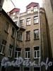 Кирочная ул., д. 49. Во внутреннем дворе. Фото сентябрь 2010 г.