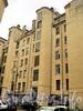 Гангутская ул., д. 16. Вид лицевого флигеля со двора. Фото сентябрь 2010 г.