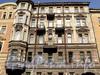 Верейская ул., д. 18. Фрагмент фасада. Фото май 2010 г.
