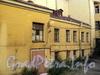 Можайская ул., д. 1 / Загородный пр., д. 58. Фрагмент фасада дворового флигеля. Фото август 2010 г.