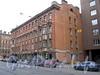 Петропавловская ул., д. 2 / ул. Льва Толстого, д. 4. Фасад по Петропавловской улице. Фото октябрь 2010 г.