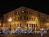Бол. Морская ул., д. 12 / Невский пр., д. 18. Ночная подсветка фасадов. Фото январь 2011 г.