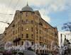 Старорусская ул., д. 2 /  Мытнинская ул., д. 5. Общий вид жилого дома. Фото март 2011 г.