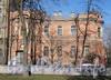 Ул. Писарева, д. 12. Фасад здания. Фото апрель 2011 г.