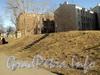 Ул. Писарева, д. 12. Убежище на месте бывшего сада. Фото апрель 2011 г.
