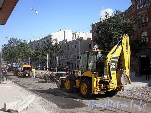 Ремонтные работы на Фурштатской улице. Фото август 2009 г.