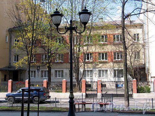 Фурштатская ул., д. 22. Детский сад №41. Общий вид. Фото май 2010 г.
