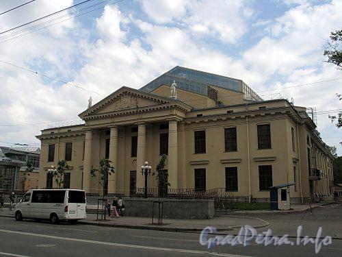 Потемкинская ул., д. 4. Общий вид. Фото май 2010 г.