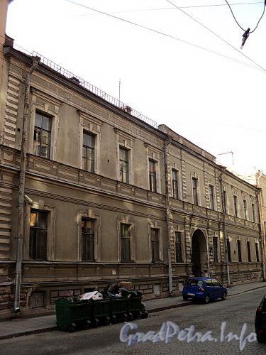 Галерная ул., д. 15. Фасад здания. Фото июнь 2010 г.