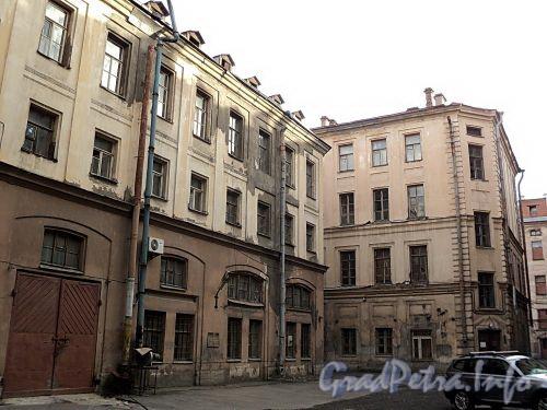 Галерная ул., д. 20 / Замятин пер., д. 4. Дворовые корпуса