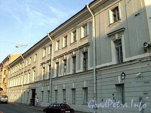 Захарьевская ул., д. 1 / Литейный пр., д. 6. Фасад по улице. Фото июль 2010 г.