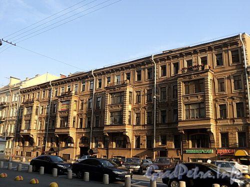 Захарьевская ул., д. 3. Фасад здания. Фото июль 2010 г.